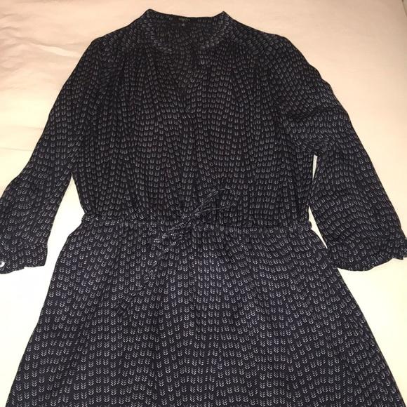 Babaton Dresses & Skirts - Aritzia Babaton silk button front dress